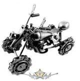 Motor design. 4 kerék.. motorláncos kerekek.   fém motoros dísztárgy