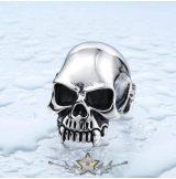 Classic skull. Steinless Steel. gyűrű