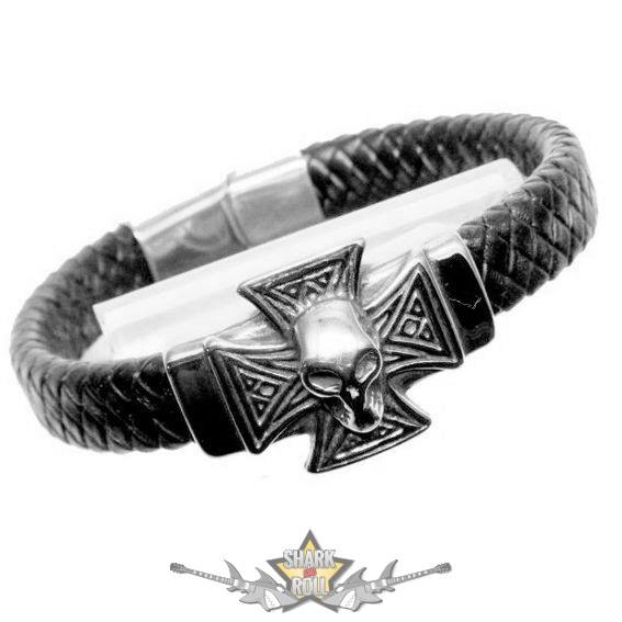 bc91bce1e8 Motoros * Iron Cross & Skull. karkötő, csuklópánt - Shark n Roll ...