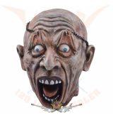 Zombi - hanging seperated head.  koponya figura
