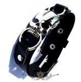 Motoros * Koponya karikákkal.  karkötő, csuklópánt