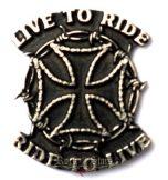 Live to ride - Ride to live kitűző,  fém motoros jelvény